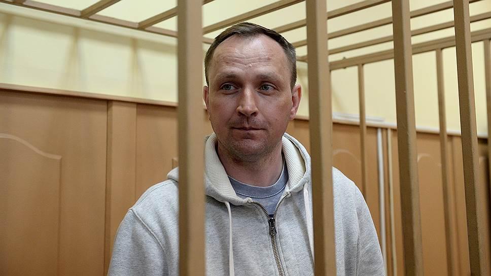 Осужденный за коррупцию генерал МВД Денис Сугробов.