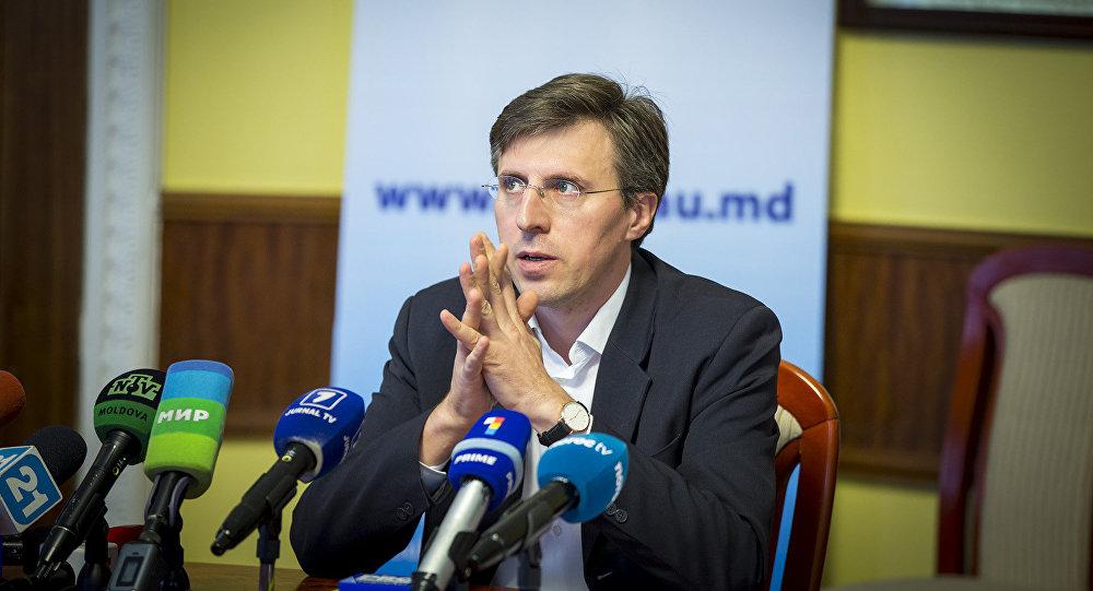 подал в отставку, Мэр Кишинева Дорин Киртоакэ
