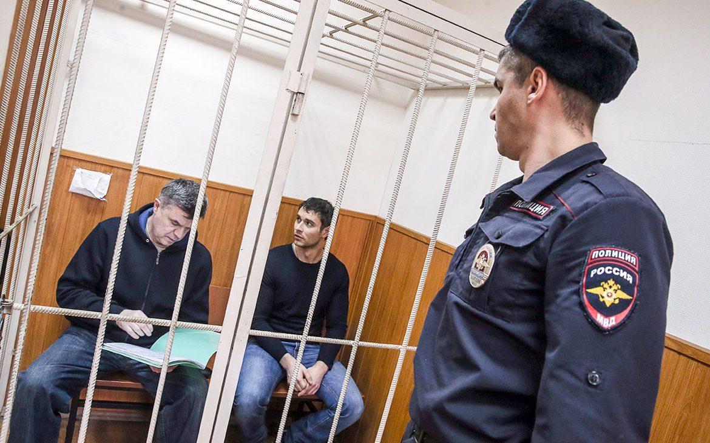 Виктор Чудов и Юрий Хризман (слева направо).