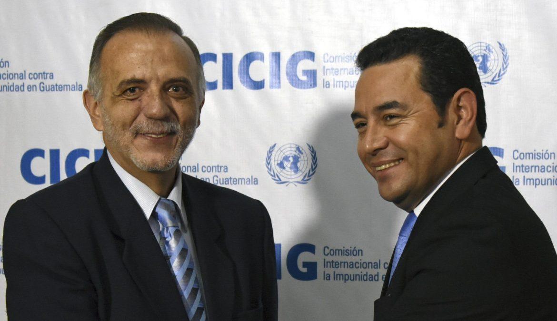 Глава CICIG Иван Веласкес и президент Гватемалы Джимми Моралес. Антикоррупционная комиссия