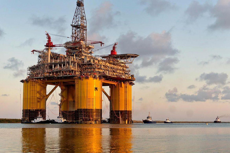 Нефтяная платформа компании Шелл. Призналась во взяточничестве