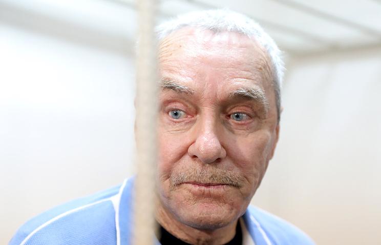 Виктор Захарченко, отец обвиняемого в коррупции Дмитрия Захарченко. растрата
