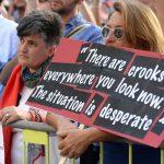 Протестующие против коррупции и убийства Дафны Каруаны Галиции активисты Мальты