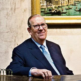 восьмидесятиоднолетний Ричард Грин (Richard Green), считается владельцем одной из крупнейших, если не крупнейшей в Британии, коллекции картин величайших художников.