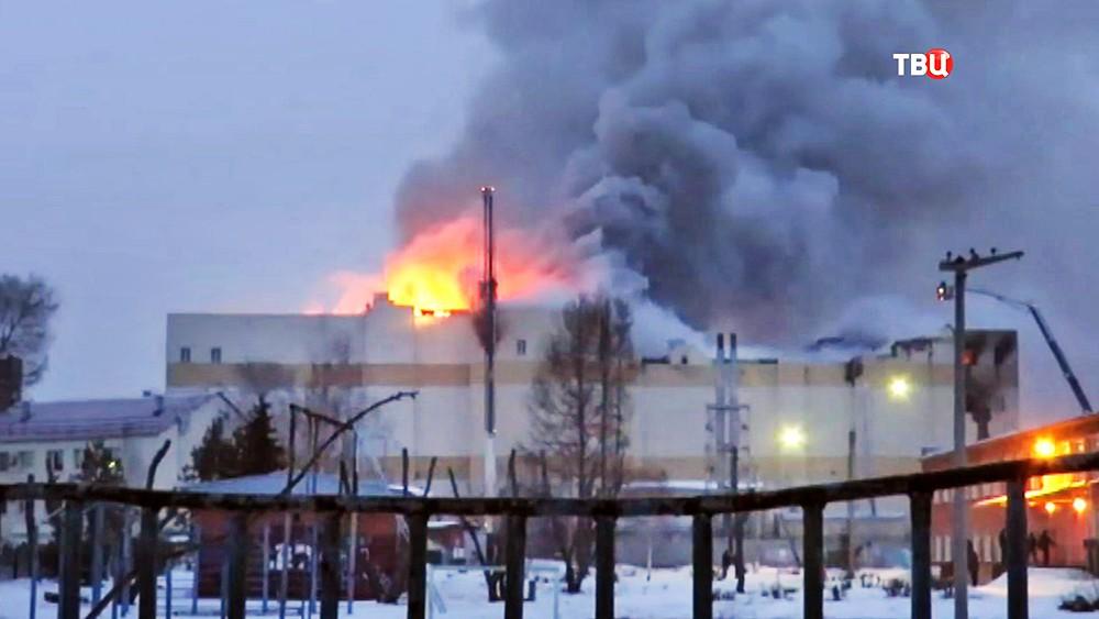 """Пожар в ТЦ """"Зимняя вишня"""", Кемерово, коррупция или халатность"""