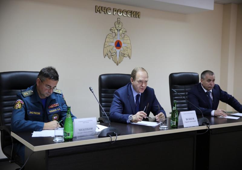 МЧС, Шляков, обвинение, мошенничество