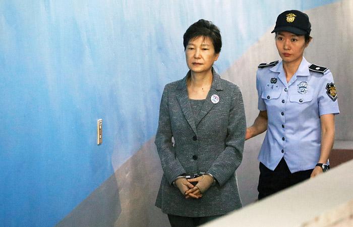 Отбывающая срок экс-президент Южной Кореи получила еще восемь лет тюрьмы