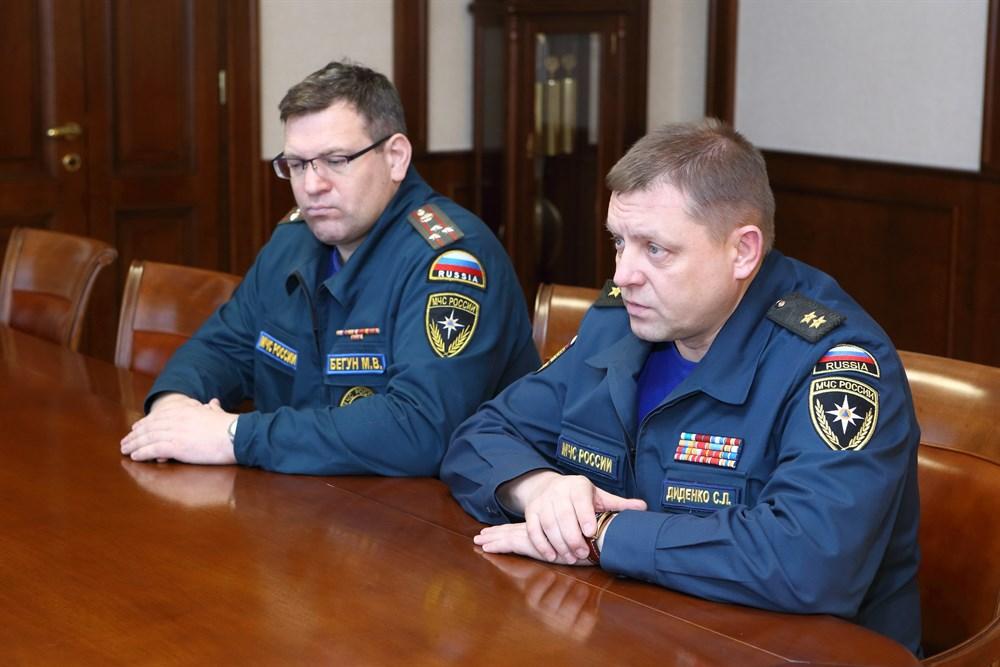 Высокопоставленный российский спасатель отстранен от работы на время следствия о коррупции