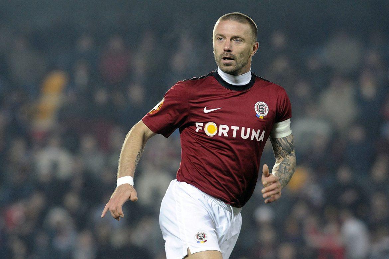 Суд приговорил к 15 месяцам тюрьмы бывшего игрока футбольной сборной Чехии Томаша Ржепка. Он признан виновным в мошенничестве