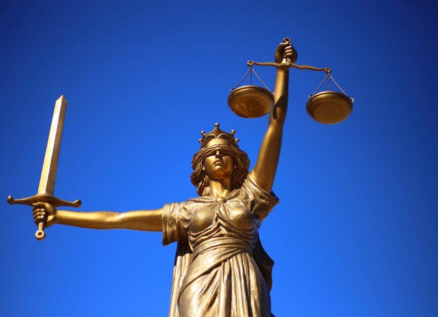 Суд Сахалинской области 4 февраля отменил апелляционное слушание на приговор, который был вынесен в отношении бывшего главы региона Александра Хорошавина и его заместителей.
